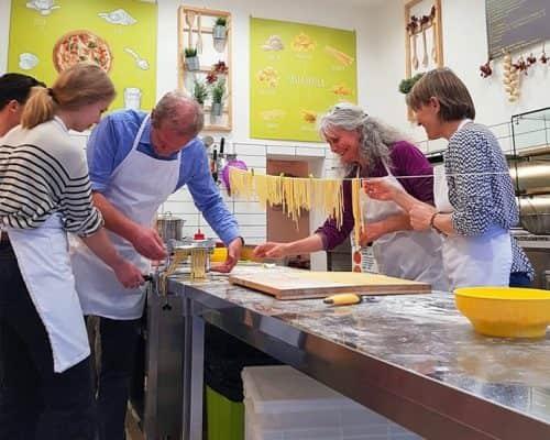 bravo-class-italian-food-lab