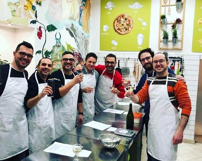 team-building-party-italian-food-lab
